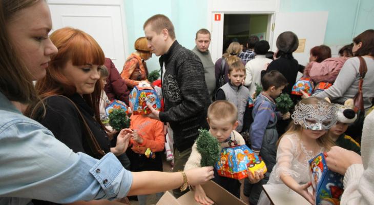 В Кирове объявлен сбор подарков на Новый год для детей в сложной ситуации