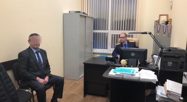Главу Малмыжского района признали виновным в получении нескольких взяток