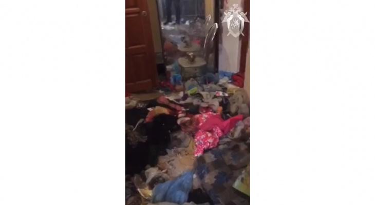 Что обсуждают в Кирове: видео из квартиры, где умерла 3-летняя девочка, и эвакуация поликлиники
