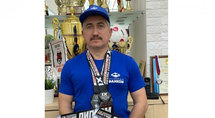 Кировчанин примет участие в международном чемпионате по жиму лежа