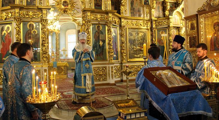 В Киров привезли редкие христианские реликвии
