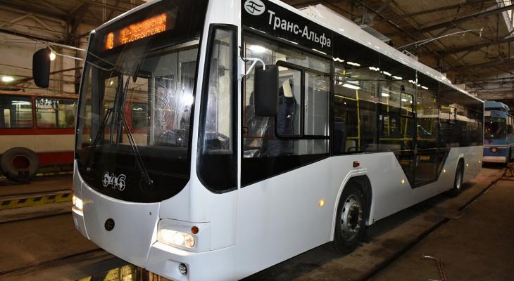 Известно, по каким маршрутам ходят 15 новых троллейбусов в Кирове