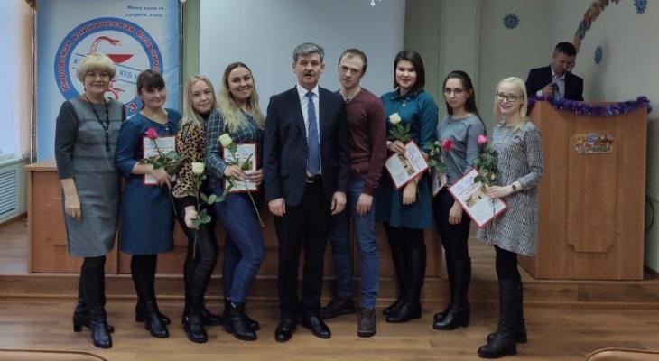 Известно, сколько специалистов пришло в 2019 году на работу в Кировскую клиническую больницу № 7