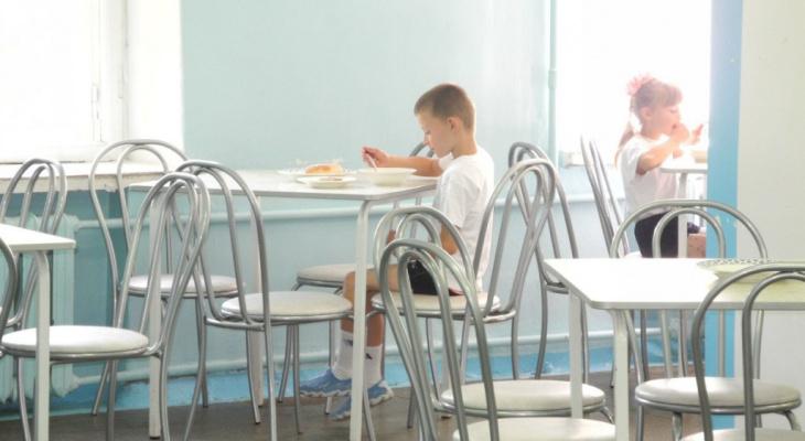 Владимир Путин заявил об организации горячего бесплатного питания в школах