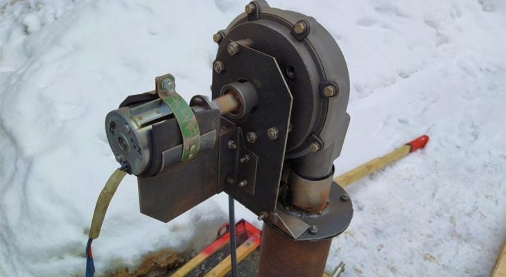Бывший инженер из Кирова изобрел чудо-устройство для очистки тротуаров от снега