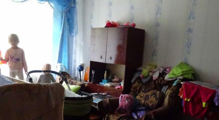 Что обсуждают в Кирове: мать оставила двух детей запертыми в доме и розыск преступника