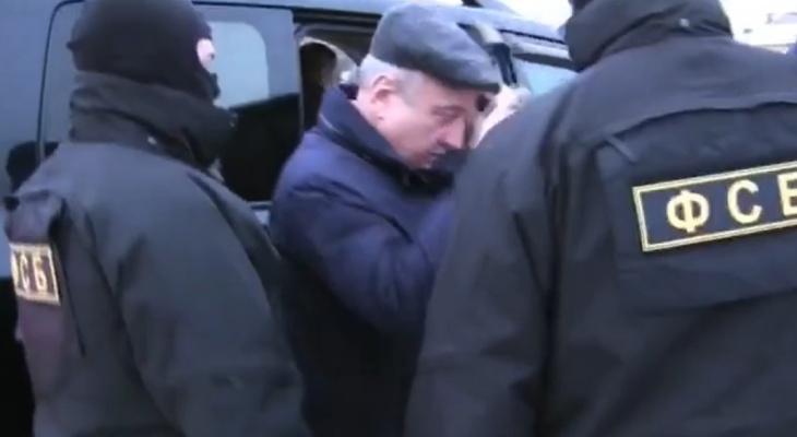 Суд во второй раз продлил домашний арест Владимиру Быкову
