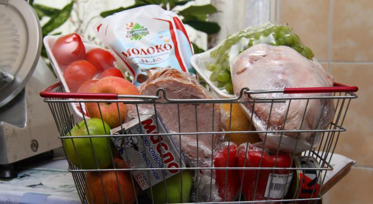 В Кирове оказавшимся в сложной ситуации семьям будут выдавать продуктовые наборы