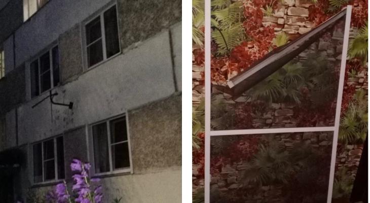 В Бахте годовалая девочка выпала из окна третьего этажа