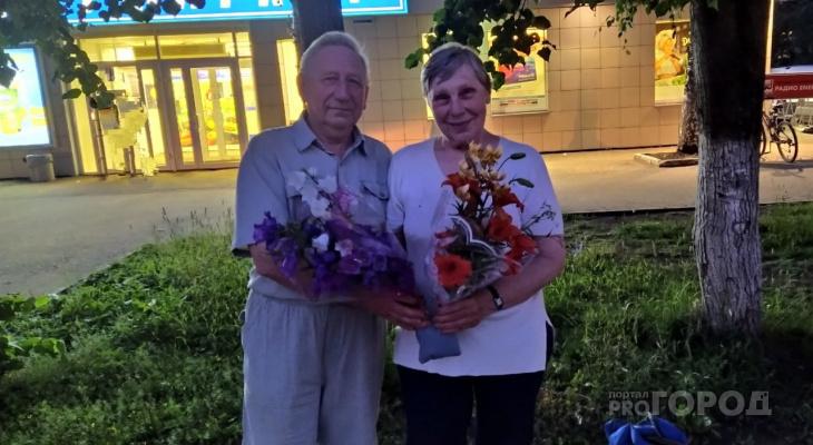 «Работа научила пользоваться мобильным банком»: супруги о продаже садовых букетов в Кирове
