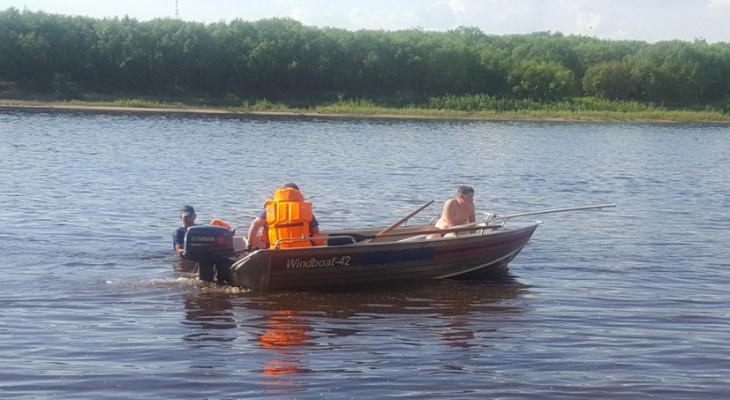 В Кировской области на реке пропали двое молодых мужчин