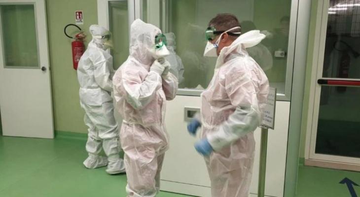 Названы сроки регистрации российской вакцины от коронавируса