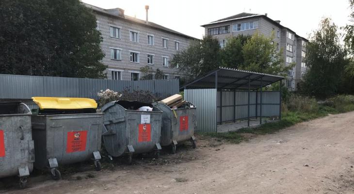 В Кирове потратили миллионы рублей на площадки для мусора, которые невозможно использовать