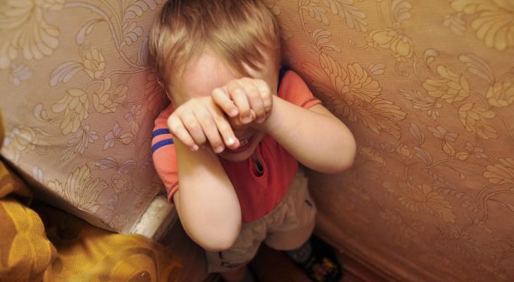 В Кировской области 31-летний мужчина истязал 3-летнего пасынка