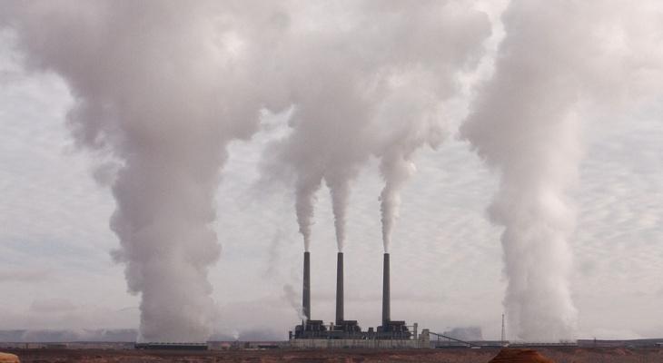Две организации в Кирове систематически загрязняли воздух в районе Озерков