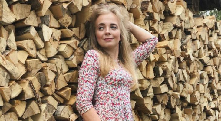 """""""Уехала в деревню после развода"""": 28-летняя кировчанка стала """"Сельским блогером"""" №2 в России"""