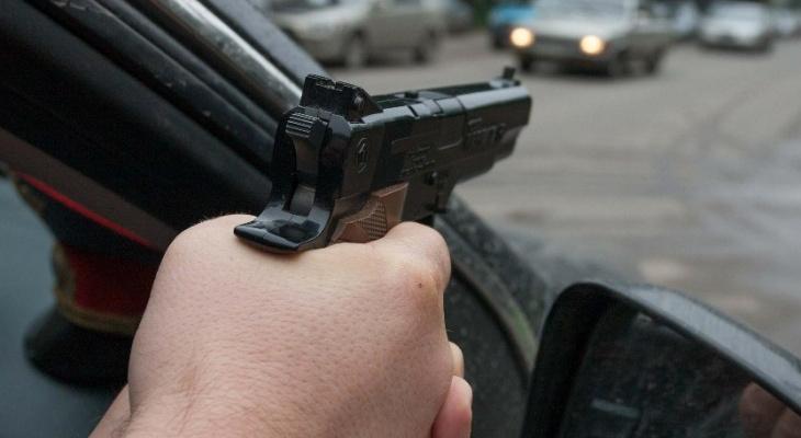 В Кирове в Вересниках погоня за пьяным водителем закончилась стрельбой