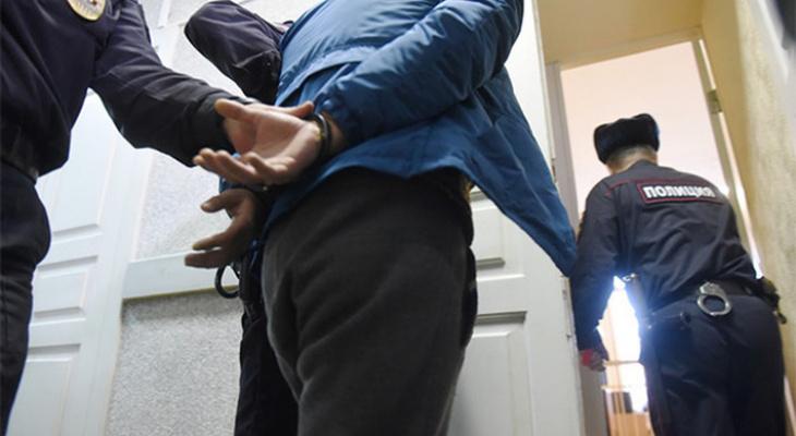 Росгвардия задержала пару, разбившую телевизор в одной из гостиниц Кирова