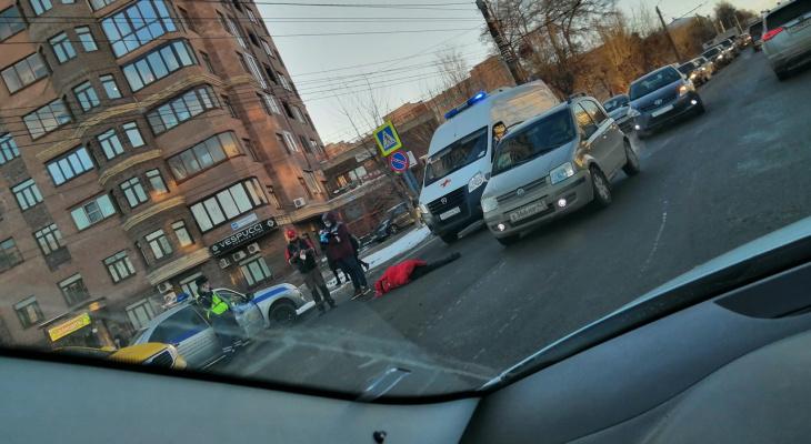 В Кирове на пешеходном переходе насмерть сбили человека