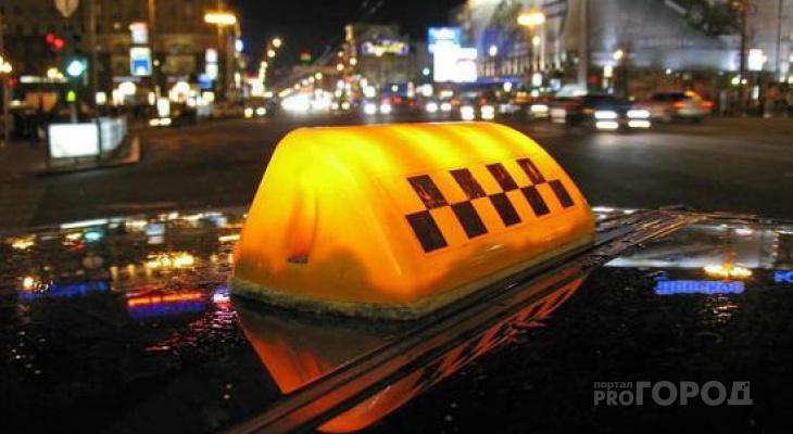 Кировский таксист лишился 10 тысяч рублей из-за «опаздывающего пассажира»