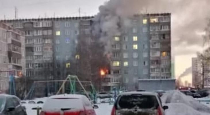 """""""Не могли эвакуировать из-за высоких температур"""": известны подробности пожара на Павла Корчагина"""