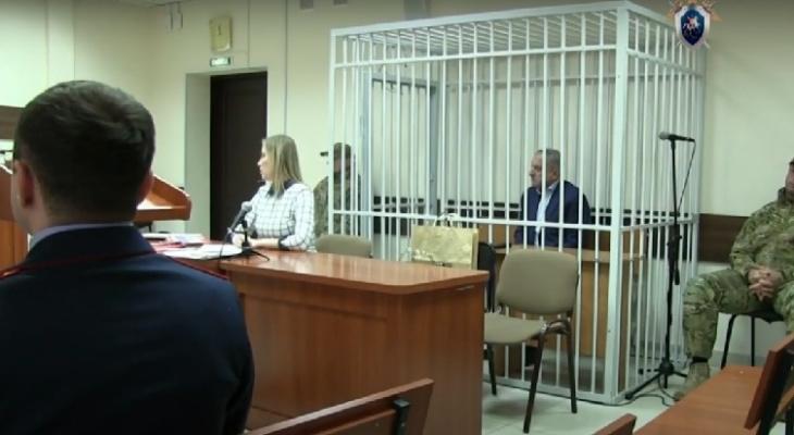 По делу экс-мэра Кирова Владимира Быкова допросят более 100 свидетелей