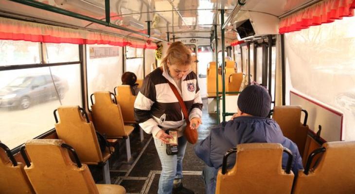 В Кирове проезд в автобусе подешевеет на 5 рублей для некоторых пассажиров