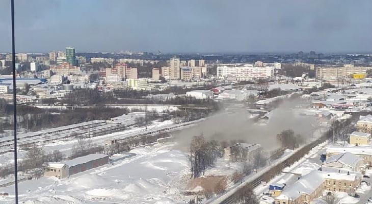 Последнюю башню мелькомбината в Кирове взорвали