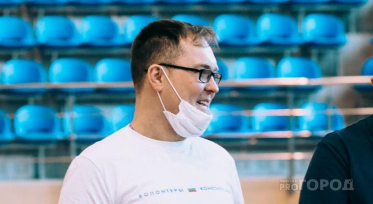 """""""Мне не с чем сравнивать, я таким родился"""": мужчина с ДЦП стал спортивным тренером"""