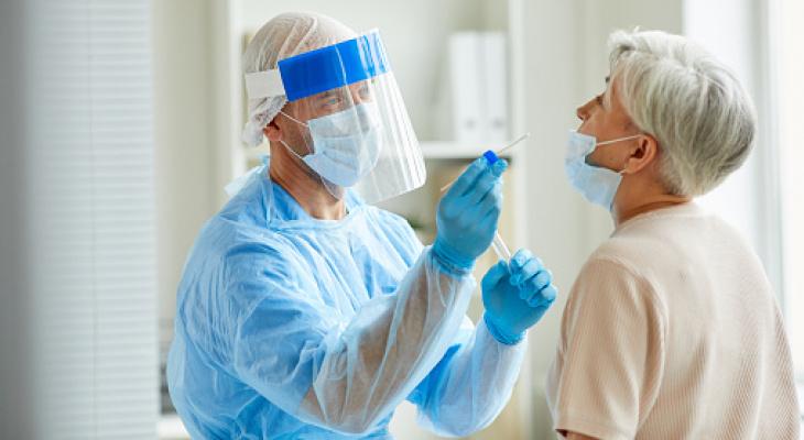 Минздрав Кировской области назвал актуальное число больных COVID-19 в тяжелом состоянии