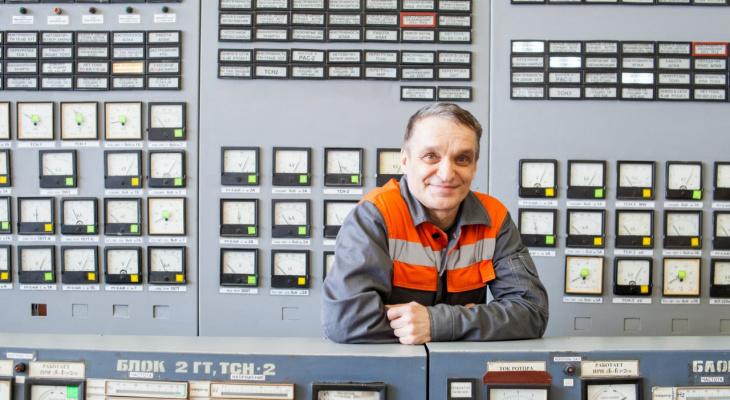 «Мы должны уметь предвидеть ситуацию»: начальник смены ТЭЦ о стабильности и главных показателях