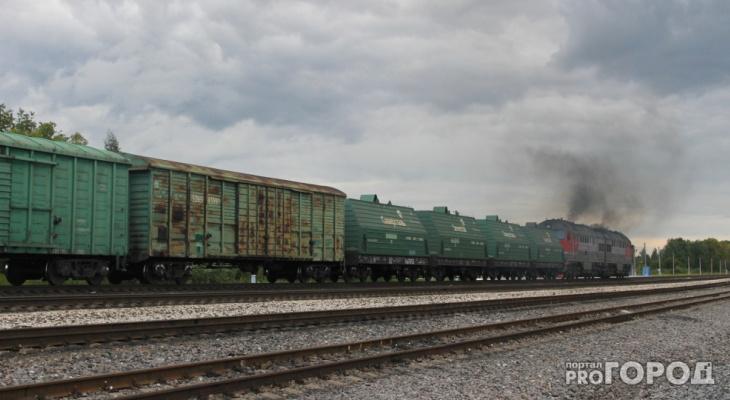 В Кировской области поезд сошел с рельсов