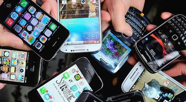 В Кирове появился пункт приема старых смартфонов
