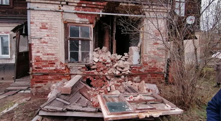 В Котельниче в жилом доме рухнула стена