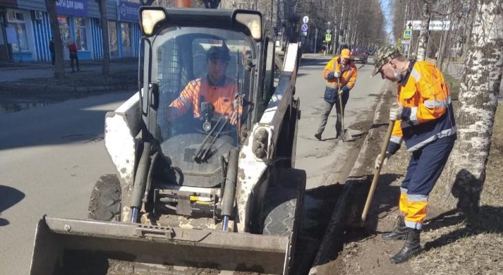 В Кирове завершается очистка улиц после зимы