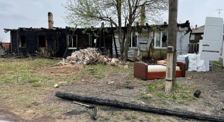 В Котельниче при пожаре в многоквартирном доме погибла женщина