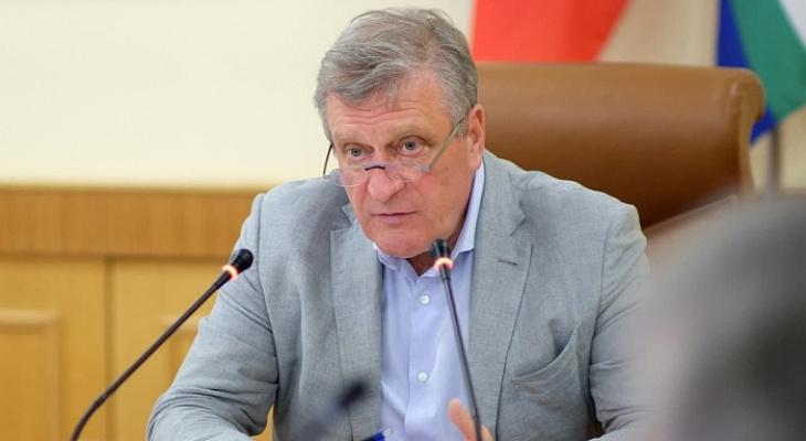Игорь Васильев призвал увеличить темпы вакцинации от COVID-19 в Кировской области