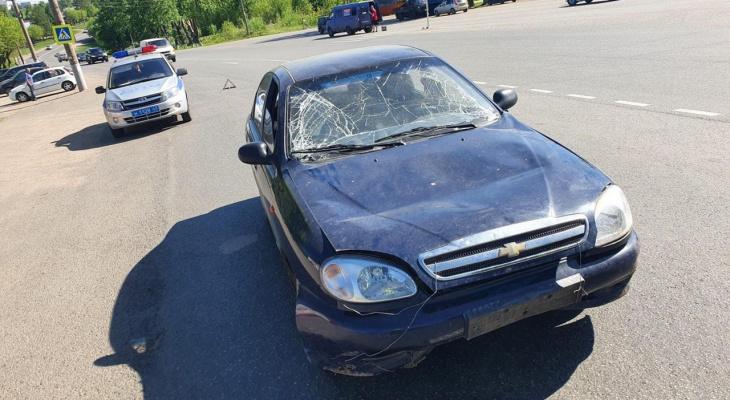 В Кирове водитель иномарки сбил 19-летнего на пешеходном переходе