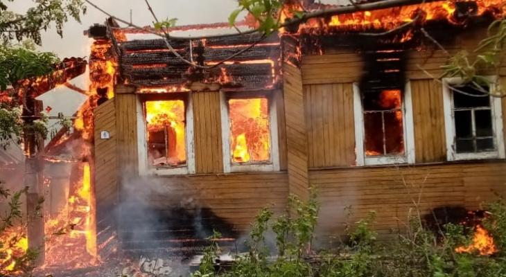 Из-за детской шалости сгорел дом в поселке Афанасьево