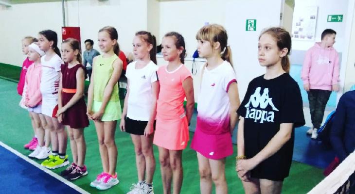Дочка знаменитой фигуристки расплакалась после соревнований в Кирове