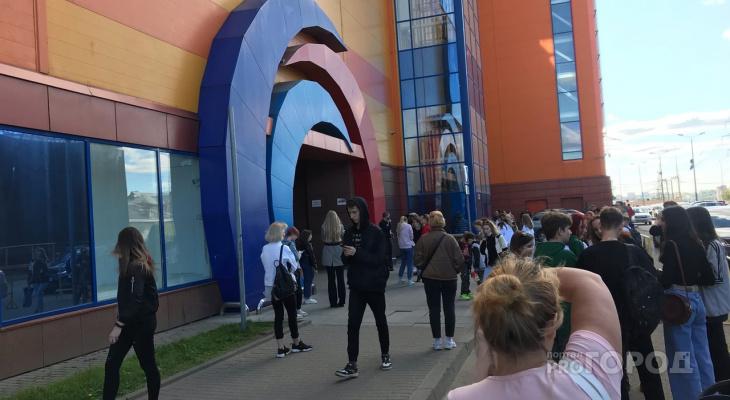 В Кирове из ТЦ «Jam Молл» эвакуировали всех посетителей