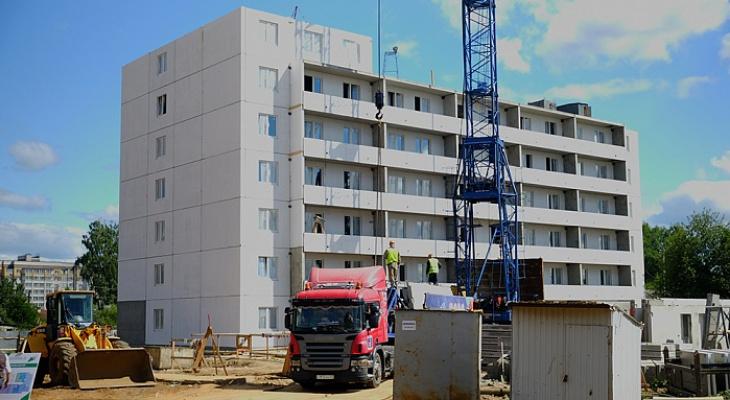 Кировчан из аварийных домов обещают расселить на год раньше запланированного срока