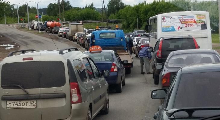 Нововятский переезд в Кирове перекроют в ночь с воскресенья на понедельник