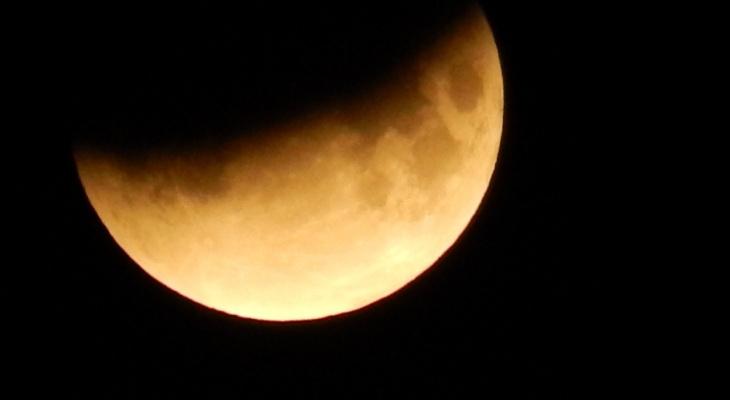 Кировчане смогут увидеть солнечное затмение и пик метеорного потока