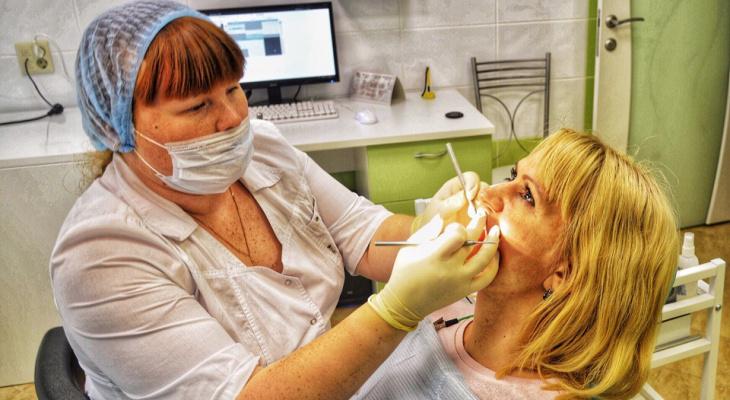 Как ухаживать за зубами после 50 лет?