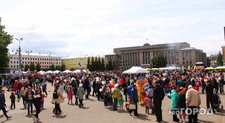 Обработка парков от клещей, покраска остановок: в Кирове завершается подготовка ко Дню города
