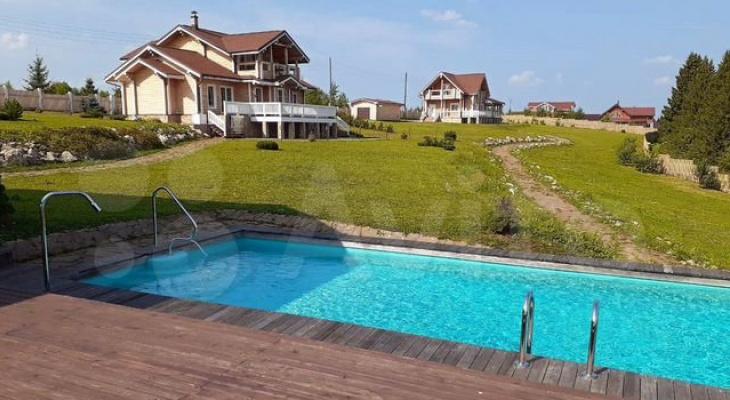 В Сети появились фото самого дорогого дома в Кировской области