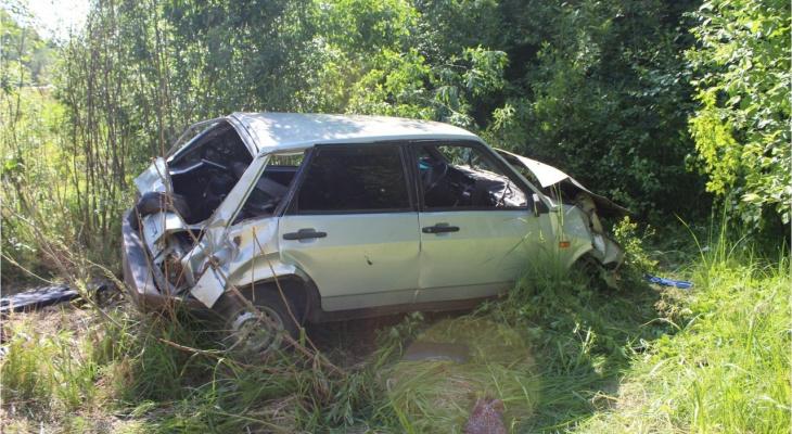 В Кировской области бесправница за рулем устроила смертельную аварию