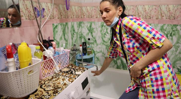 Жители девятиэтажки в Кирове четвертый год живут без горячей воды