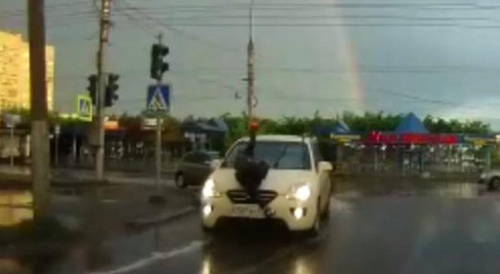 В Кирове водитель иномарки сбил девушку на пешеходном переходе